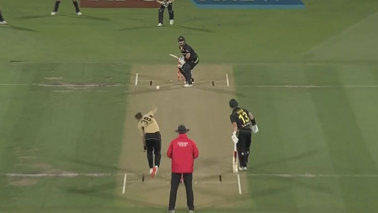 Aussies thrashed in T20 opener