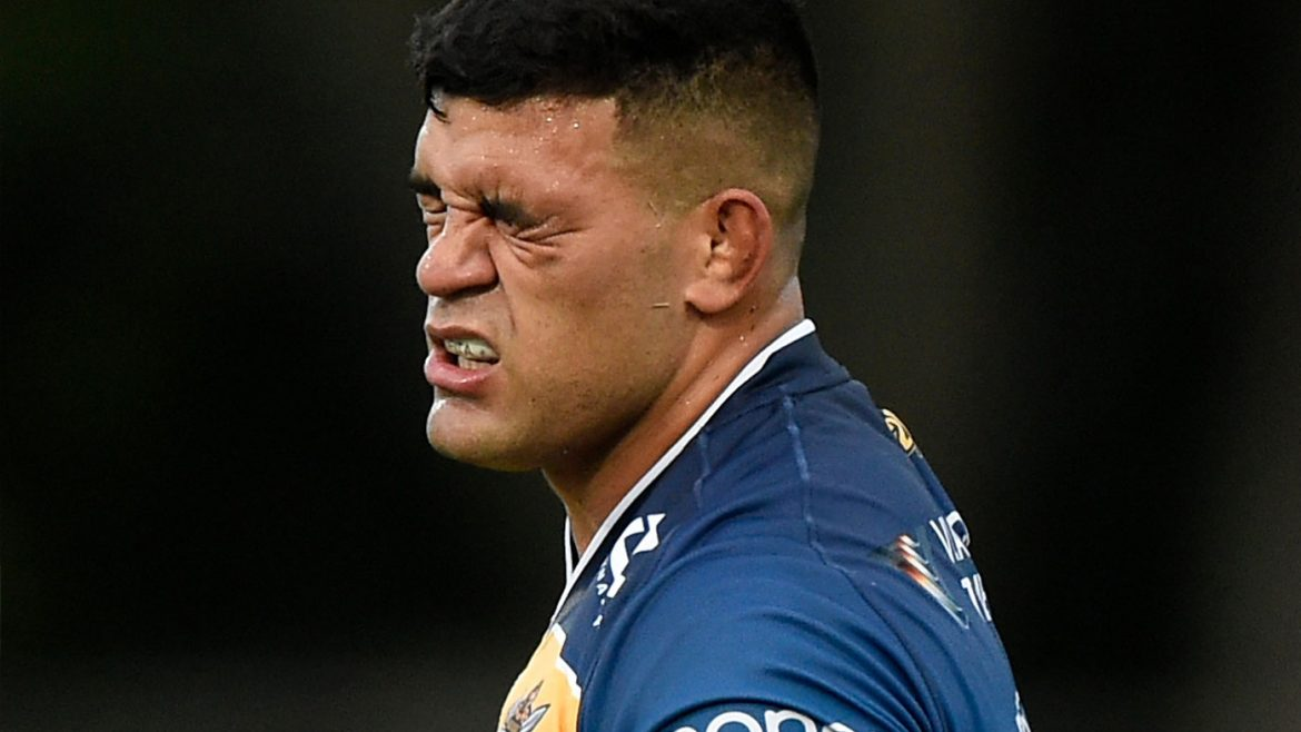 Why it's do-or-die for Titans 'whipping boy'